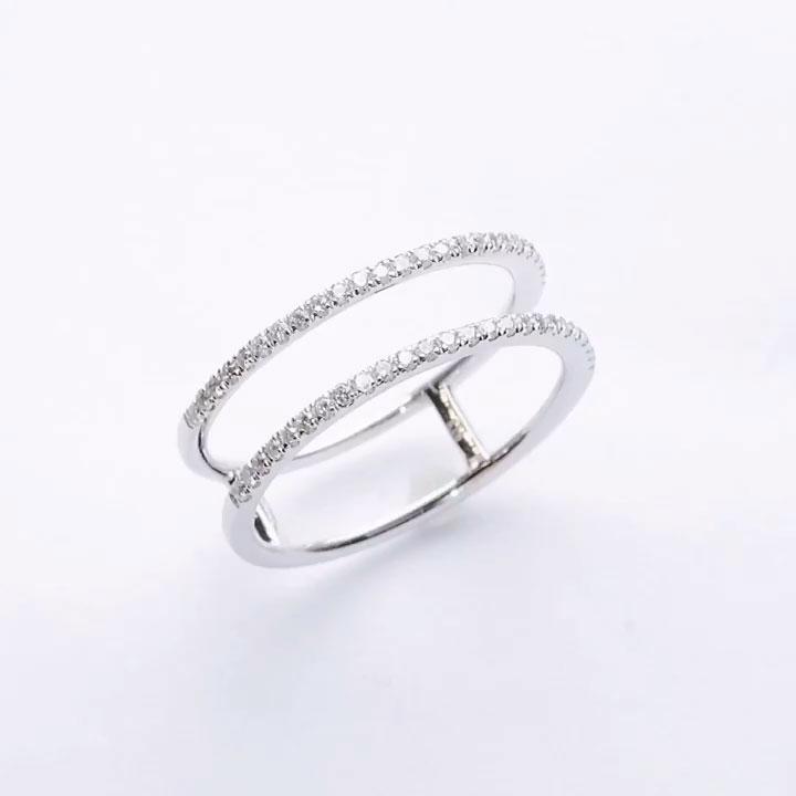K18WGダイヤデザインリングの画像
